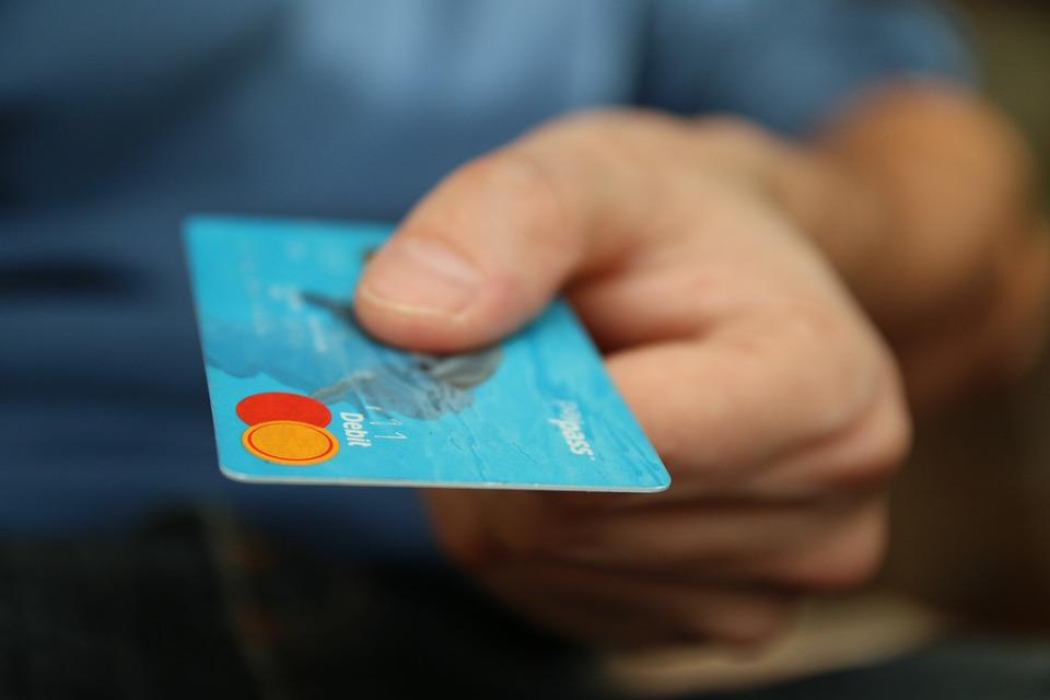 無職でも作成できる、審査が甘いおすすめのクレジットカードまとめ